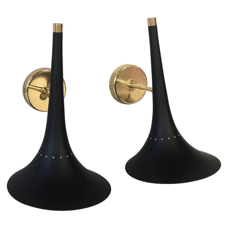 2 Pairs of Italian Mid-Century Modern Sconces Attributed to Stilnovo For Sale