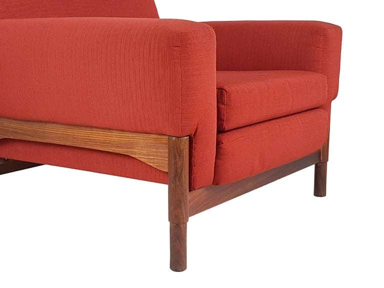Mid-Century Modern 2 Rosewood and Brick Red Fabric 1960 Armchair by S. Saporiti for F.lli Saporiti For Sale