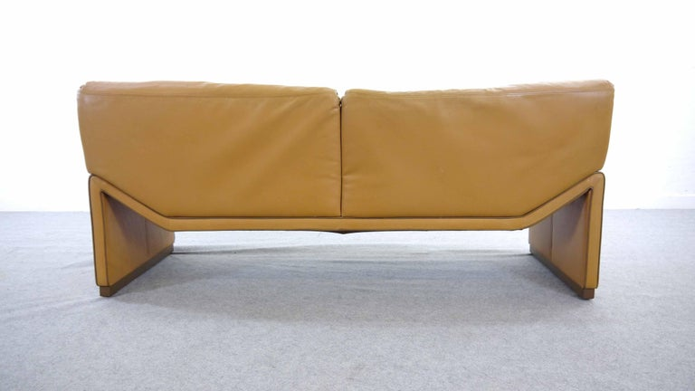 2-Seat Lounge Sofa by Etienne Aigner in Cognac Leather For Sale 6