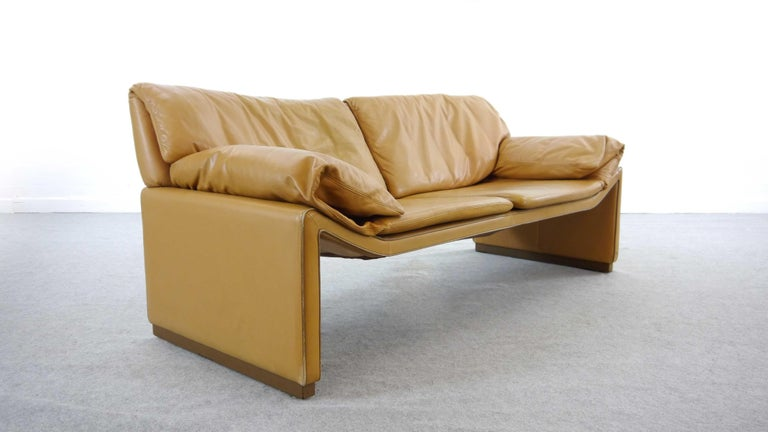 2-Seat Lounge Sofa by Etienne Aigner in Cognac Leather For Sale 3