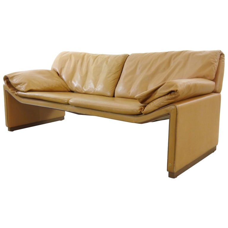 2-Seat Lounge Sofa by Etienne Aigner in Cognac Leather For Sale