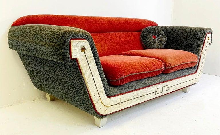 Late 20th Century 2-Seat Italian Sofa For Sale