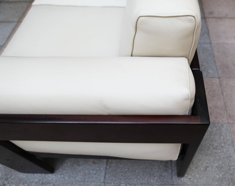 2-Seat Sofa Model Bastiano Tobia and Afra Scarp, 1975 For Sale 8