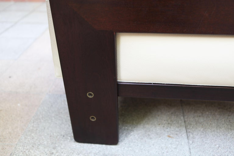 2-Seat Sofa Model Bastiano Tobia and Afra Scarp, 1975 For Sale 2