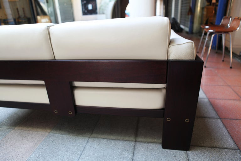 2-Seat Sofa Model Bastiano Tobia and Afra Scarp, 1975 For Sale 3