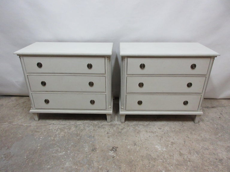 This is a set of 2 2 Swedish Gustavian chest of drawers, they have been restored and repainted with milk paints