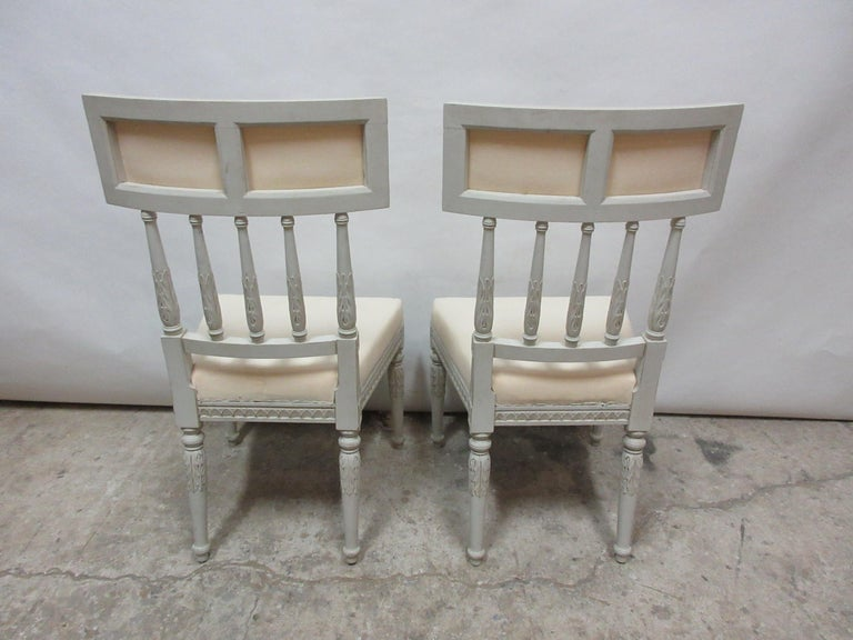 2 Swedish Gustavian Side Chairs In Distressed Condition For Sale In Hollywood, FL