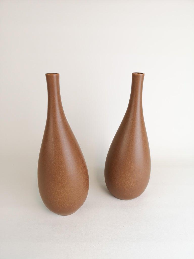 Mid-Century Modern 2 Vases Vitrin Gustavsberg Stig Lindberg, Sweden For Sale