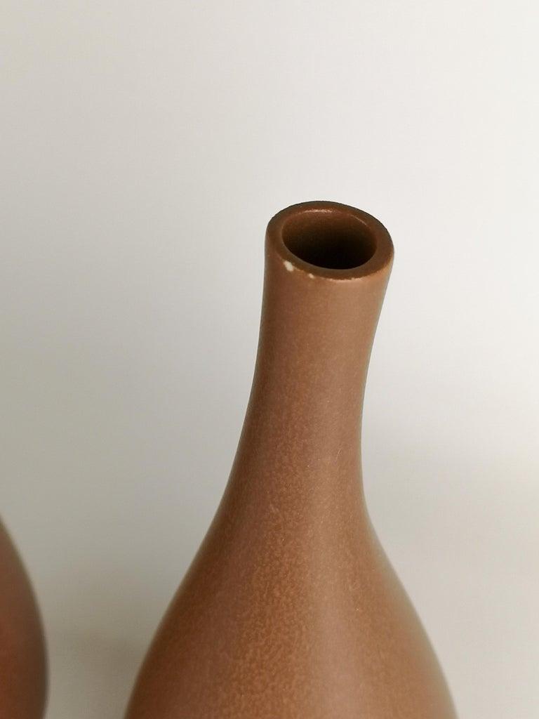2 Vases Vitrin Gustavsberg Stig Lindberg, Sweden For Sale 1