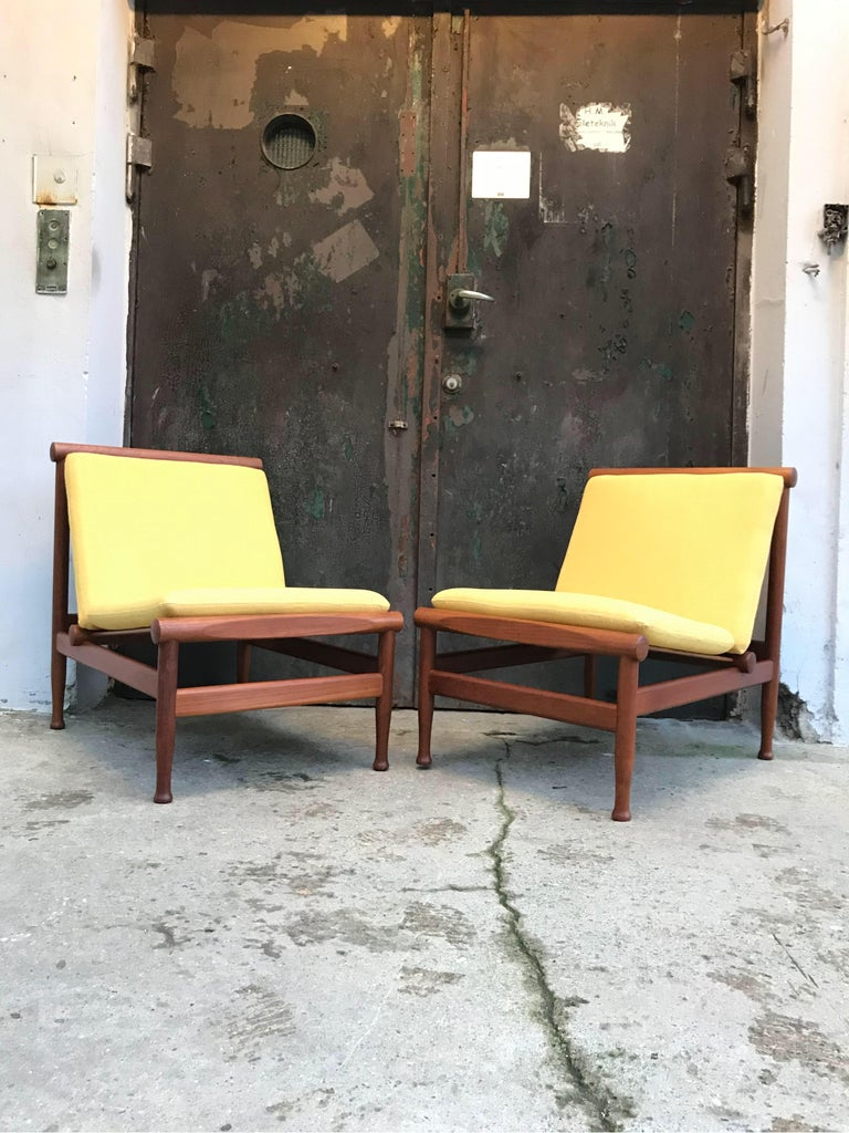 Danish 2 Vintage Teak Kai Lyngfeldt Larsen Easy Chairs Model 501 by Søborg Furniture For Sale