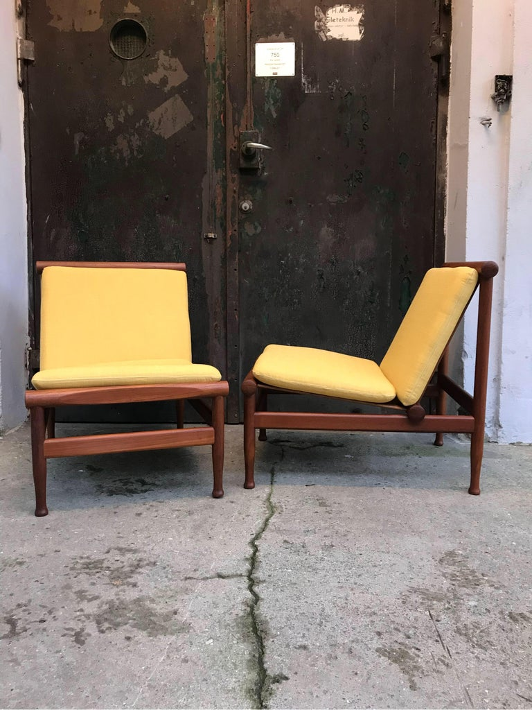 2 Vintage Teak Kai Lyngfeldt Larsen Easy Chairs Model 501 by Søborg Furniture In Good Condition For Sale In Søborg, DK
