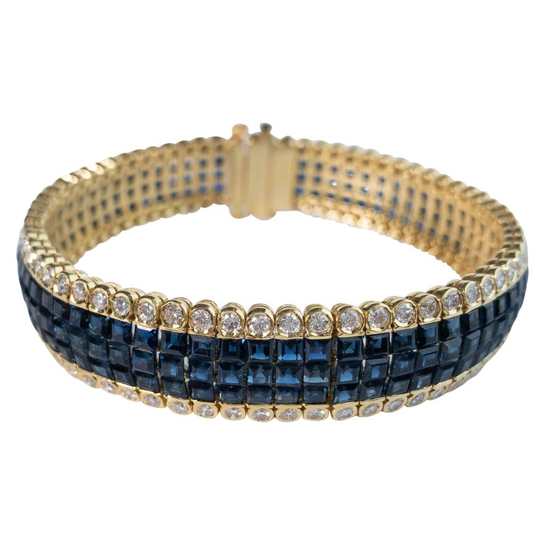 20 Carat Blue Sapphire and 4 Carat Diamond Invisible Set Bracelet in 18K Gold For Sale