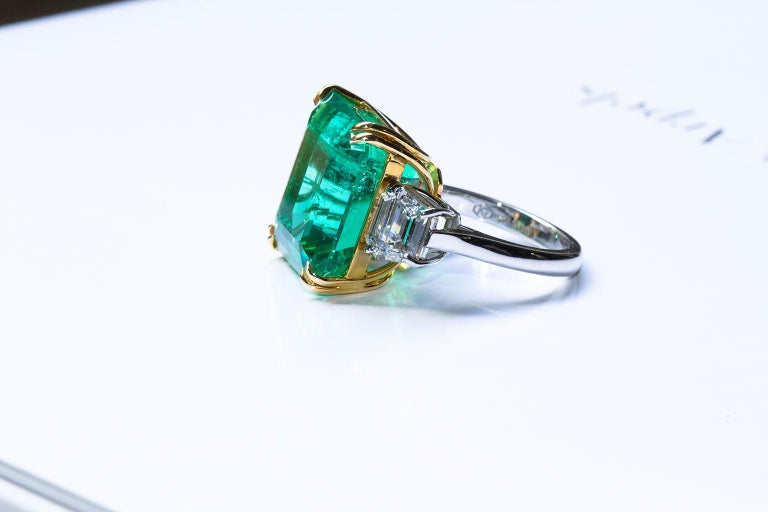 20 Carat Colombian Emerald Engagement Ring  For Sale 6
