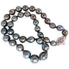 .20 Carat Diamonds Baroque Tahitian Pearls Necklace 14 Karat Clasp