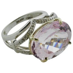 20 Carat Oval Kunzite and Diamond Ring in White Gold