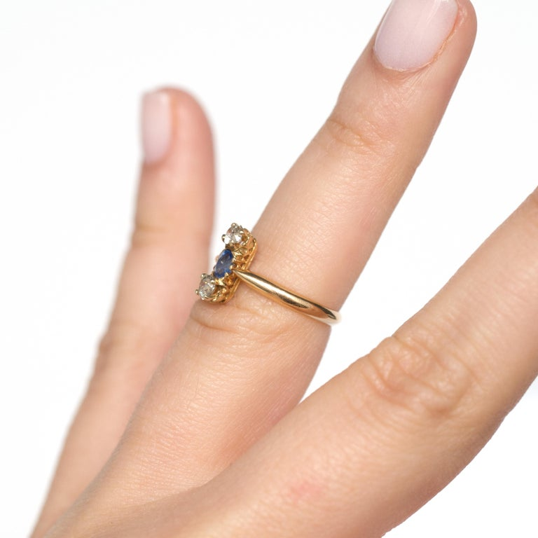 .20 Carat Sapphire Yellow Gold Engagement Ring For Sale 3