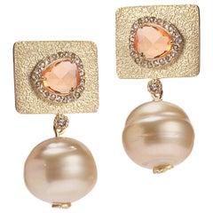 20 Karat Golden South Sea Pearl Earrings