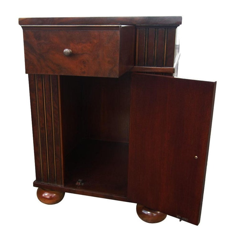 Late 20th Century Vintage Burl Wood Night Stands by Scott Thomas Furniture For Sale