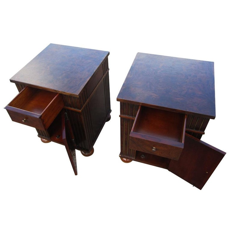 Vintage Burl Wood Night Stands by Scott Thomas Furniture For Sale 1