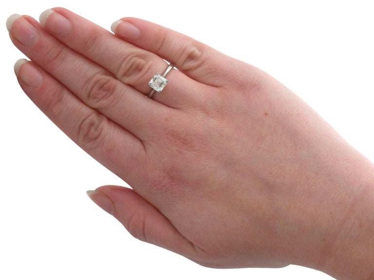 2.00 Carat Diamond and Platinum Solitaire Engagement Ring For Sale 2
