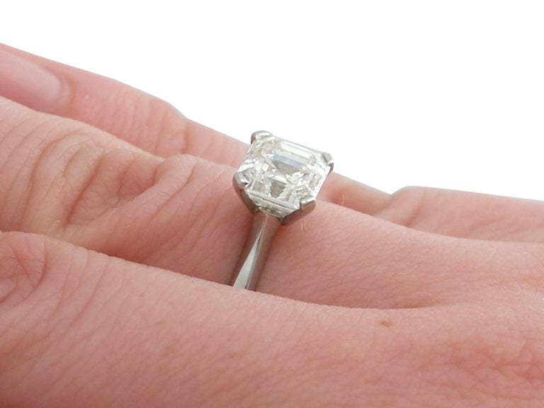 2.00 Carat Diamond and Platinum Solitaire Engagement Ring For Sale 3