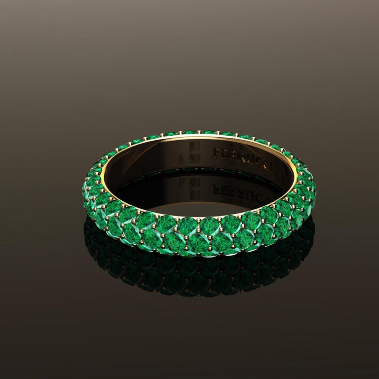 2.00 Carat Emeralds Pavé Eternity Ring in 18 Karat Yellow Gold For Sale 5