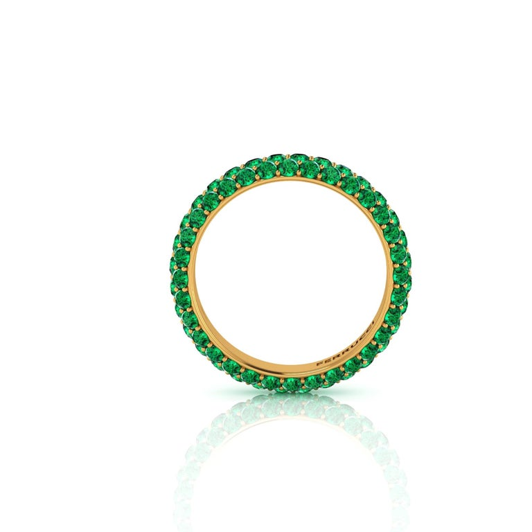 Women's 2.00 Carat Emeralds Pavé Eternity Ring in 18 Karat Yellow Gold For Sale