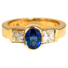 2.00 Carat Natural Sapphires Diamond Three-Stone Ring 14 Karat Royal Blue