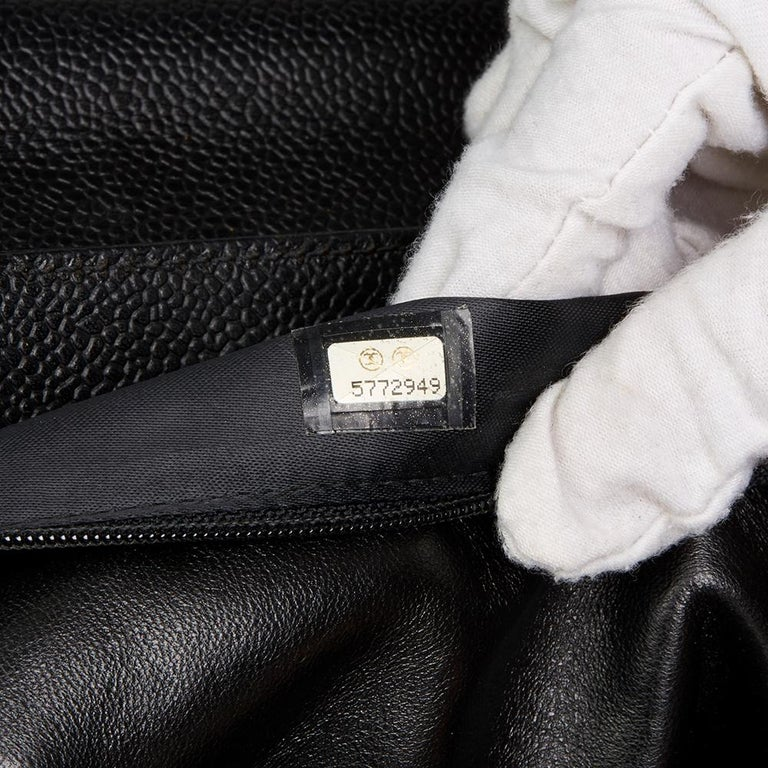 2000 Chanel Black Caviar Leather Classic Shoulder Bag For Sale 4