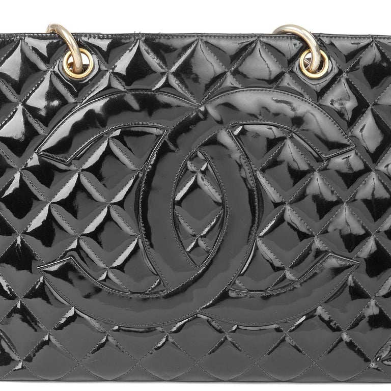 2000 Chanel Black Quilted Patent Leather Grand Shopping Tote For Sale 2