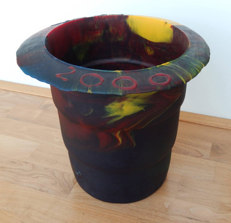 2000 Commemorative Gaetano Pesce Multicolored Resin Bucket In Good Condition For Sale In Winnetka, IL