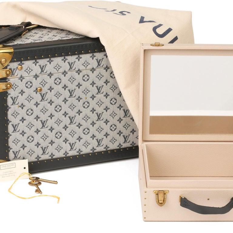 2000 Louis Vuitton Blue Mini Canvas & Navy Leather Special Order Boîte à Flacons For Sale 6