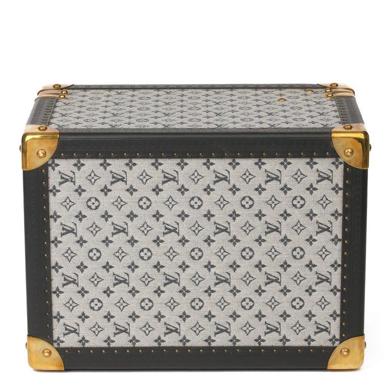 2000 Louis Vuitton Blue Mini Canvas & Navy Leather Special Order Boîte à Flacons For Sale 1