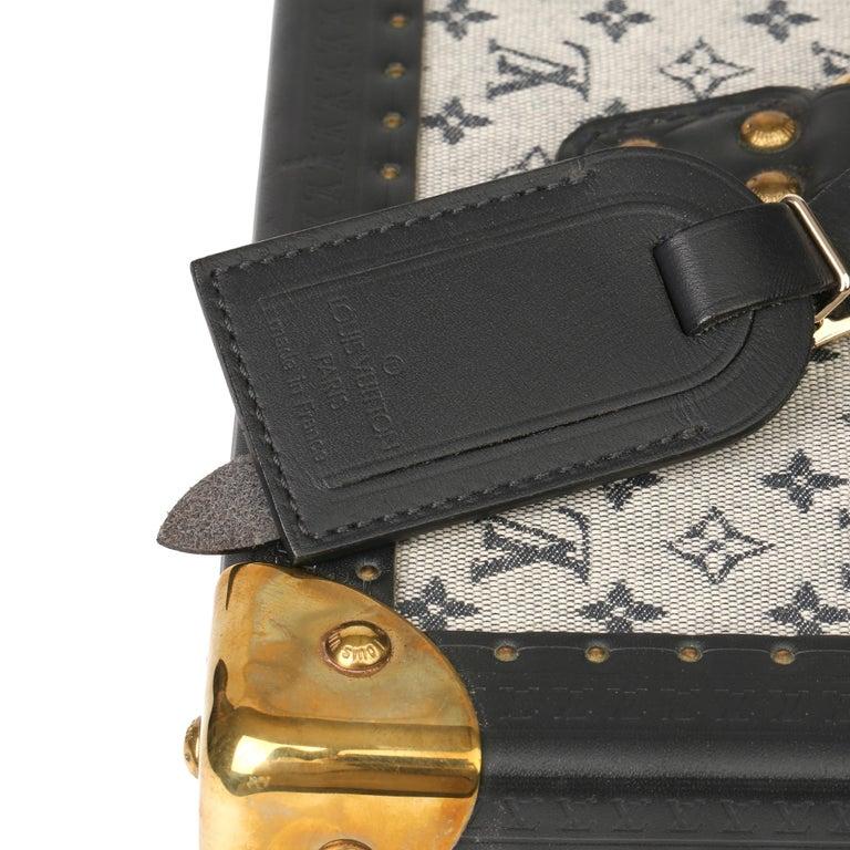 2000 Louis Vuitton Blue Mini Canvas & Navy Leather Special Order Boîte à Flacons For Sale 3