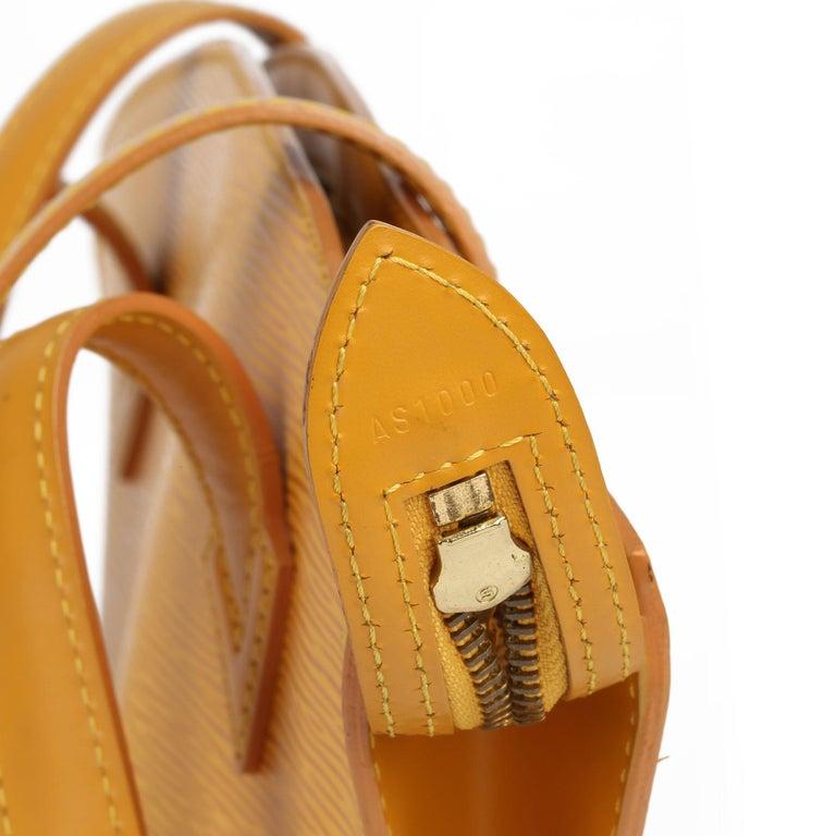2000 Louis Vuitton Yellow Epi Leather Vintage Saint Jacques PM For Sale 6