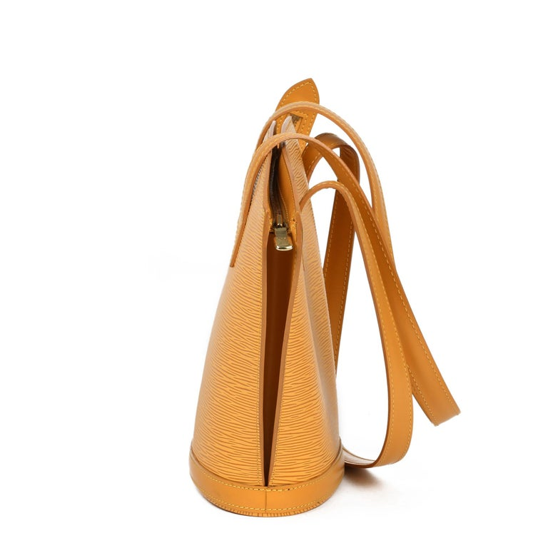 2000 Louis Vuitton Yellow Epi Leather Vintage Saint Jacques PM In Good Condition For Sale In Bishop's Stortford, Hertfordshire
