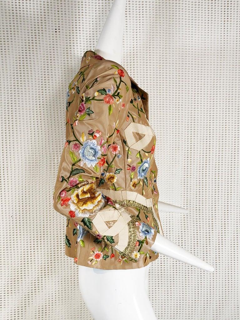 Beige 2000 Oscar de la Renta Poly Chrome Floral Embroidered Taupe Silk Jacket Size 4  For Sale