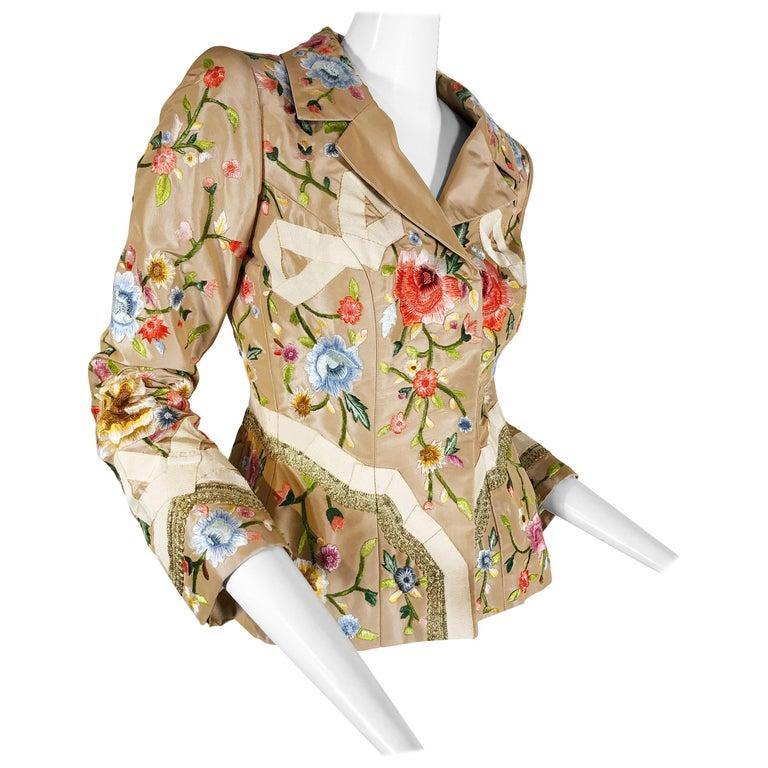 2000 Oscar de la Renta Poly Chrome Floral Embroidered Taupe Silk Jacket Size 4  For Sale
