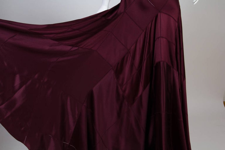 2000S CALVIN KLEIN Burgundy Bias Cut Silk Crepe Back Satin Patchwork Cut-Out Go For Sale 4