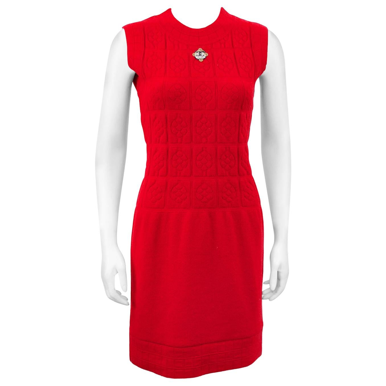 2000s Chanel Red Knit Sleevless Dress