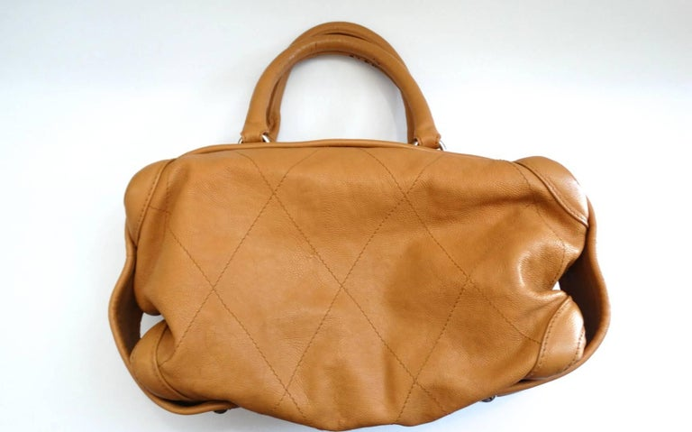 Women's 2000s Chanel Tan Quilted Leather Top Handle Bag For Sale