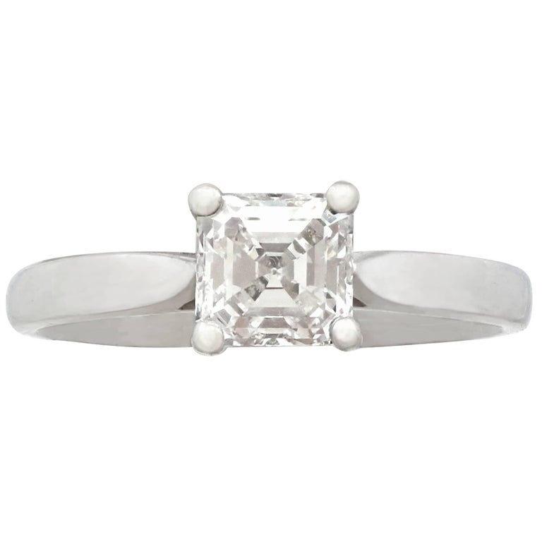 2000s Contemporary Diamond and Platinum Solitaire Ring