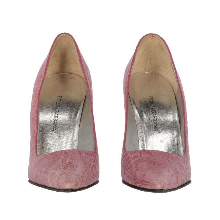 Brown 2000s Dolce & Gabbana Pink Leather Pumps For Sale