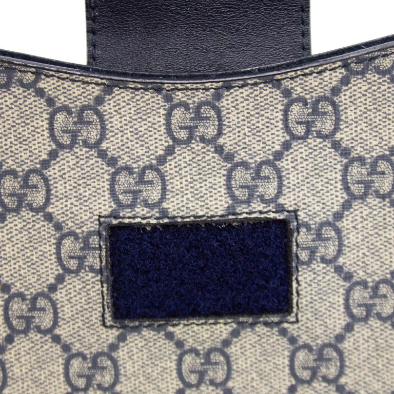 Women's or Men's 2000's Gucci Navy Blue Logo iPad Sleeve  For Sale