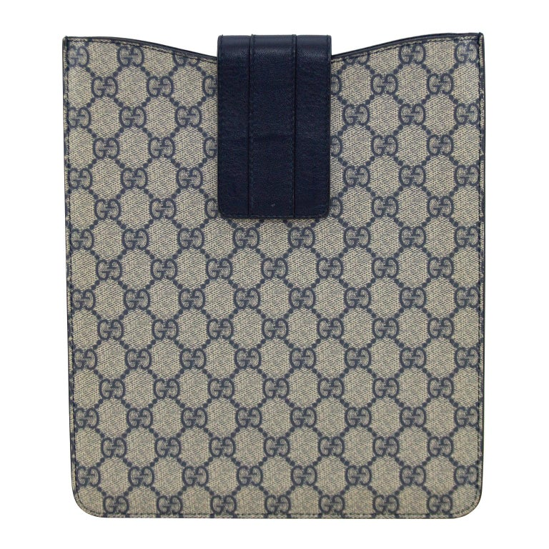 2000's Gucci Navy Blue Logo iPad Sleeve  For Sale