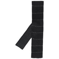 2000s Hermès Dash Embroidered Grey Knitted Tie