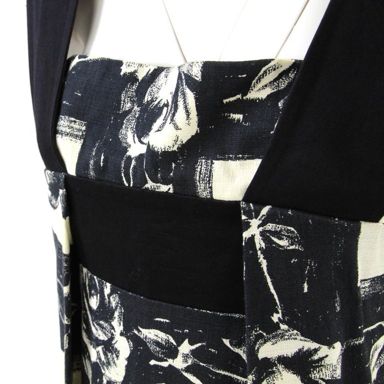Women's 2000s Kenzo Floral Printed Black and White Cotton Dress For Sale