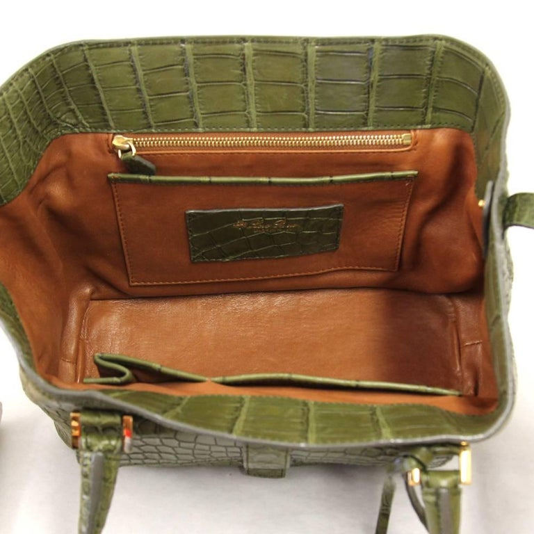 2000s Loro Piana Green Crocodile Leather Handbag For Sale 5