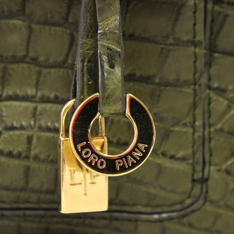 Women's 2000s Loro Piana Green Crocodile Leather Handbag For Sale