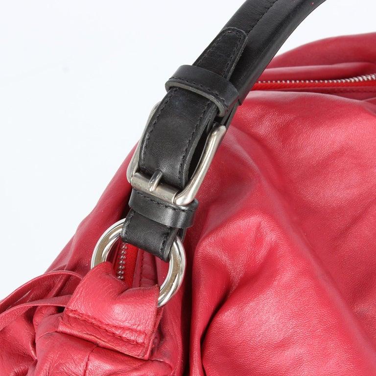2000s Marni Magenta Leather Design Bag For Sale 2